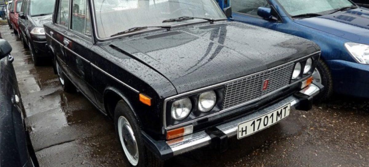 ВАЗ-21063 1991 года, у которого всего 637 км на одометре