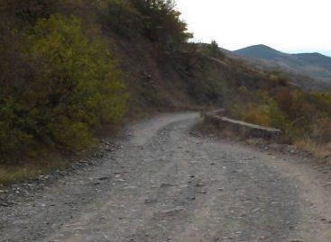 В Крыму на «дороге смерти»с обрыва упал внедорожник