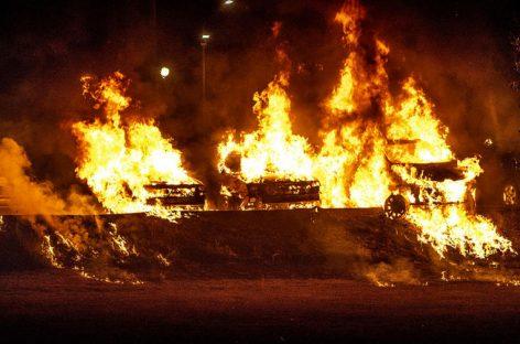 В Швеции нашли поджигателей машин