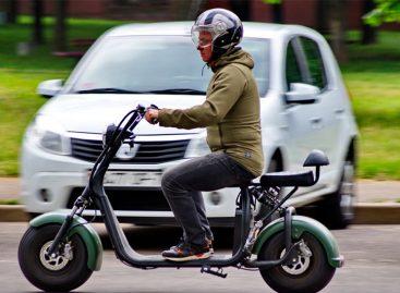 Электросамоубийцы: что делать с самокатчиками на дорогах