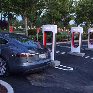 Убытки компании Tesla установили новый «рекорд»
