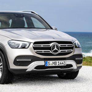 Mercedes-Benz - лидер в премиум-сегменте в России по итогам 2018 года