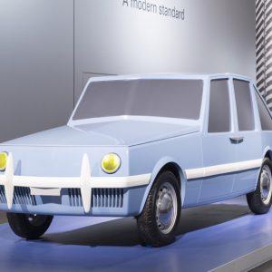 Автомобиль с «революционным дизайном» 50-х воплотили в жизнь