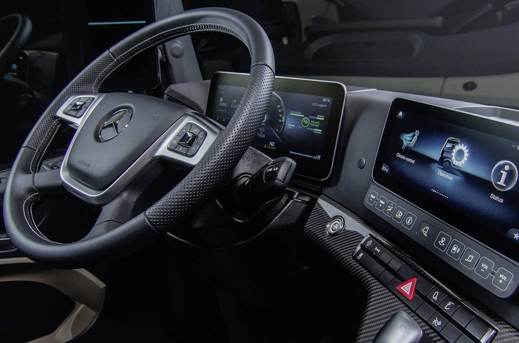 Mercedes-Benz салон