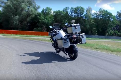 BMW построила беспилотный мотоцикл