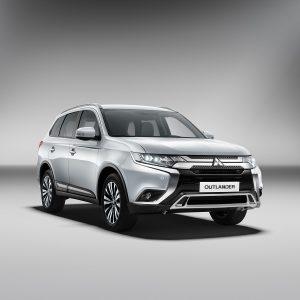 Стали известны цены на новый Mitsubishi Outlander в России