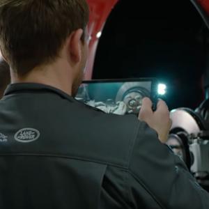 """Мастера сервис центров Jaguar Land Rover будут снимать клиентам """"видосики"""""""