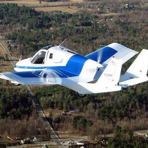Первый в мире летающий автомобиль начнут продавать уже в следующем месяце