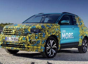 Volkswagen раскрыл интерьер родственного Polo кроссовера