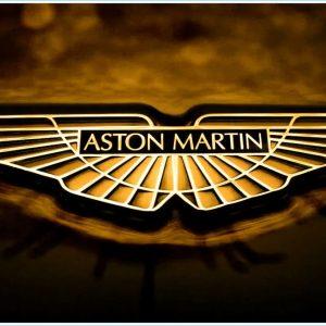 Aston Martin DBX останется единственным кроссовером компании