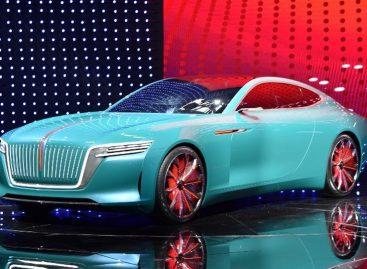 Китайцы из FAW  переманили шеф-дизайнера Rolls-Roys