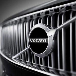 Электрический Volvo XC40 представляет новейшую мультимедийную систему на базе Android со встроенными технологиями Google