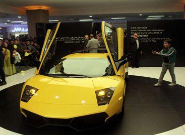 В Иране собрали реплику гиперкара Lamborghini Murcielago