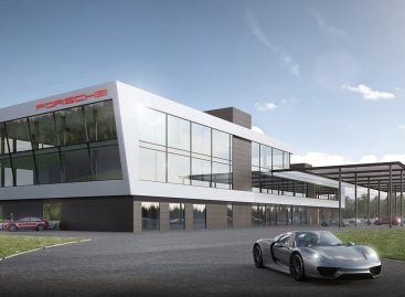 Нил Яни успешно провел первые испытания Porsche