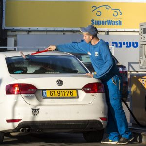 Первыми на электромобили на 100% перейдут в Израиле