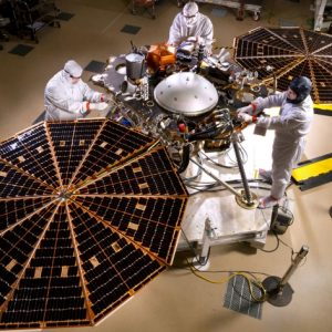 Исследовательский аппарат Insight, использующий продукты Castrol, приступил к изучению Марса