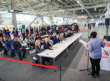 Завершился второй этап внедрения программы дуального образования в ССУЗах России