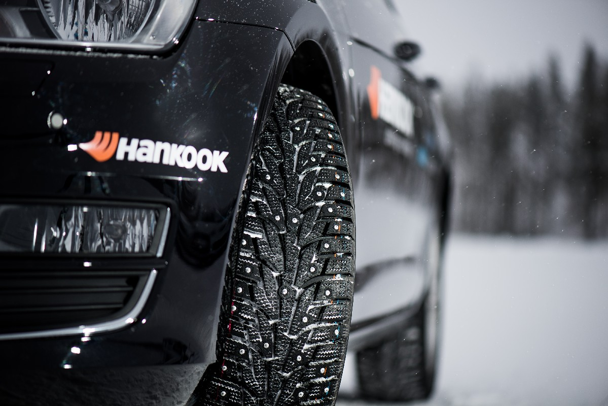 Hankook Winter i*Pike RS+ on VW Golf