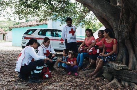 Land Rover участвует в проектах Красного Креста более 60 лет