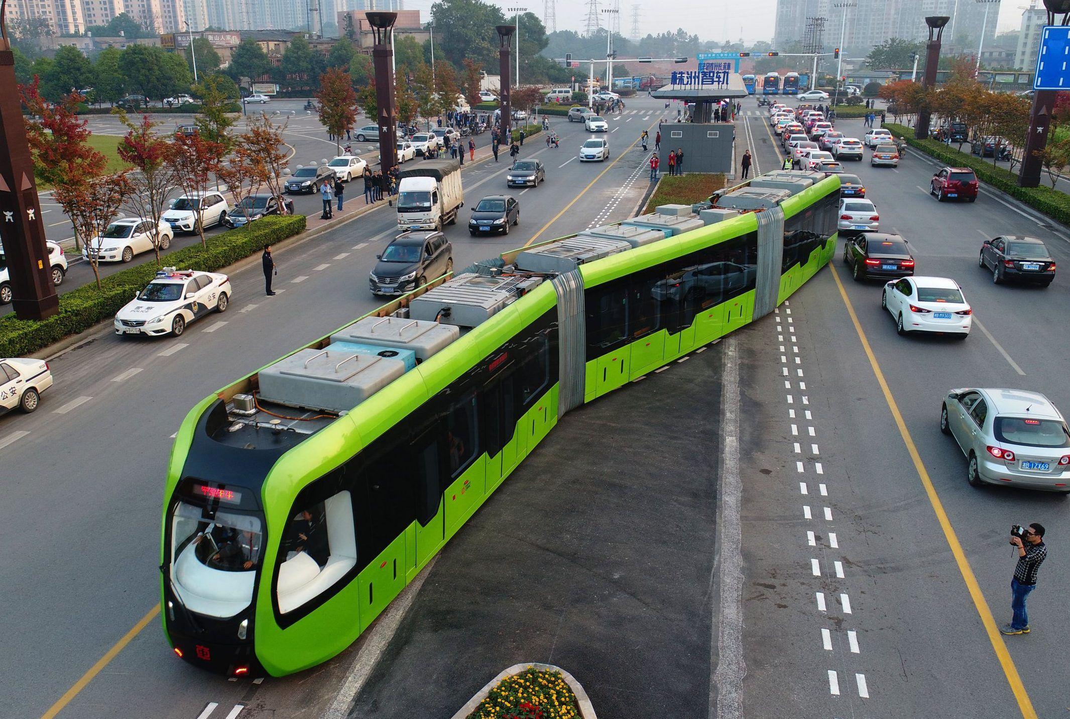 Трамвай без рельсов