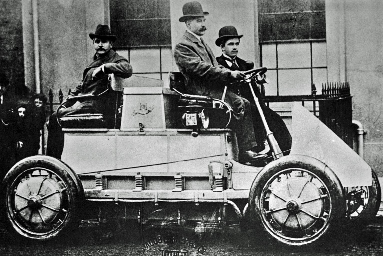 Lohner-Porsche, 1900