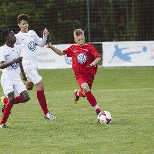 Volkswagen поддерживает интерактивный футбол в России