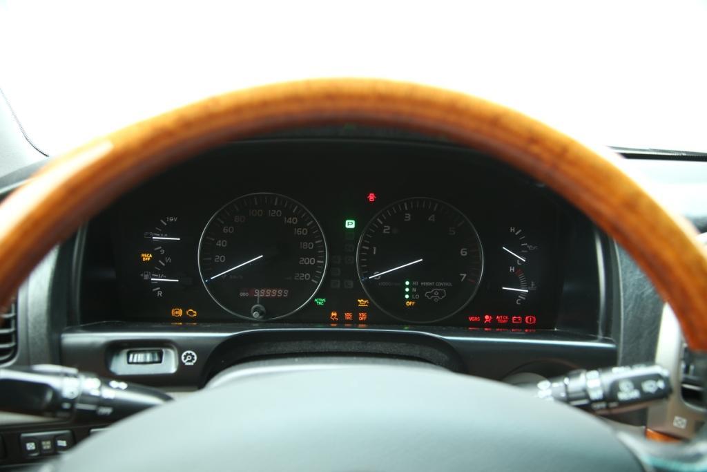 грандиозный пробег Lexus LX