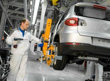Volkswagen приостановит сборку автомобилей в Калуге