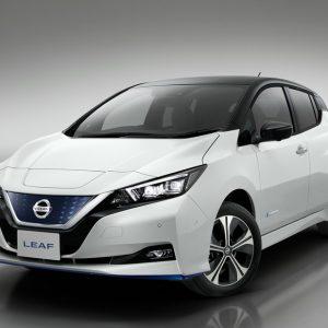 Nissan представляет электромобили с повышенной мощностью и увеличенным пробегом без подзарядки