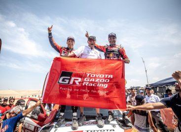 Впервые в истории Дакар победу одержали внедорожники Toyota