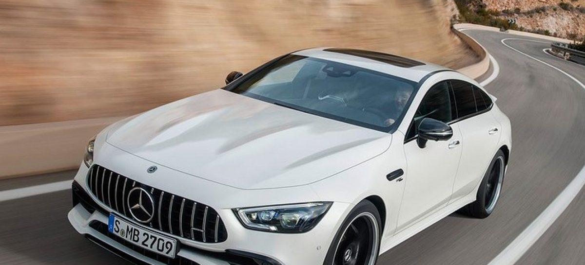 В России стартовали продажи четырехдверного Mercedes-AMG GT