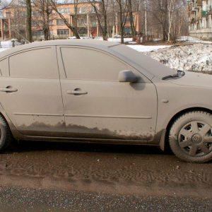 В России 23,7 процента автомобилистов не моют машину зимой