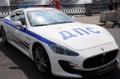 Для сотрудников ГИБДД в Москве могут закупить спортивные автомобили