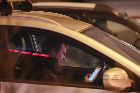В Госдуме предложили увеличить штраф за использование гаджетов за рулём