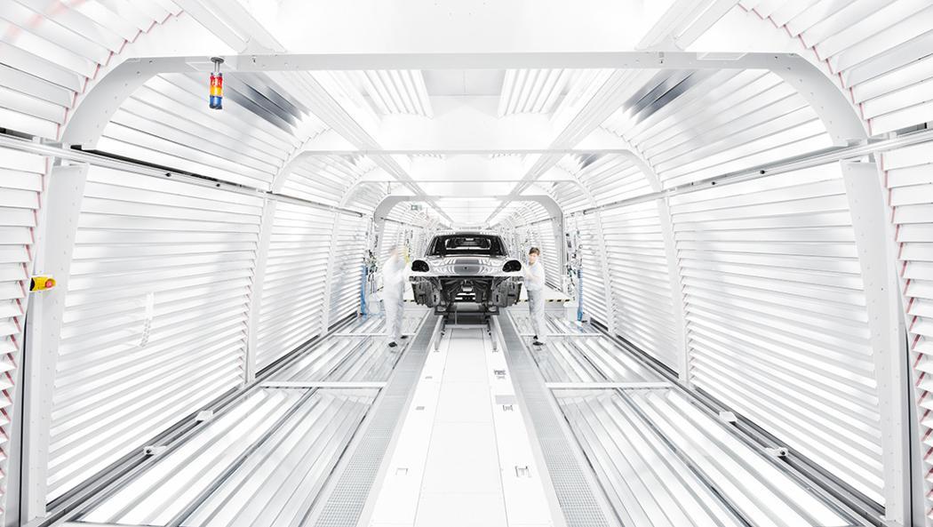 Porsche электрофикация