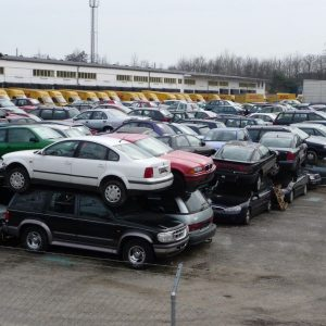 В Германии активно избавляются от дизельных автомобилей: свалки переполнены