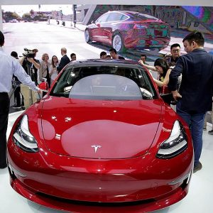 Самый продаваемый седан среди немецких конкурентов - Tesla Model 3