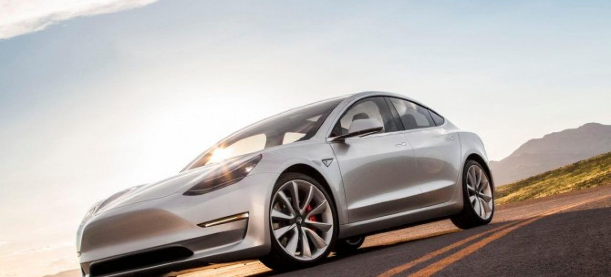 Tesla начала поставки Model 3 в Европу