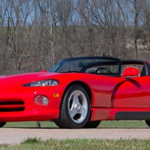 Dodge Viper 1992 года выпуска продают за 100 000 долларов