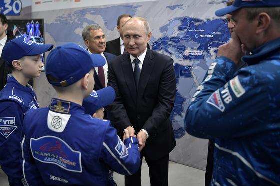 встреча Владимира Путина и команды КАМАЗ-мастер 1