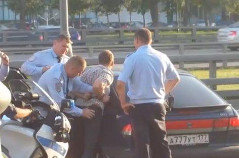Устроившего гонки с полицией пенсионера арестовали в Москве
