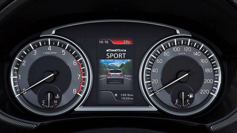 Suzuki Vitara 2019 панель приборов фото
