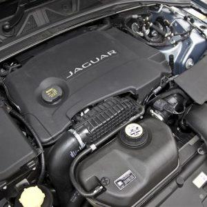 Дизельные двигатели Jaguar и Land Rover - самые экологичные в Европе