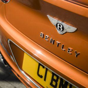 Bentley представляет новые версии моделей Continental GT и GT Convertible