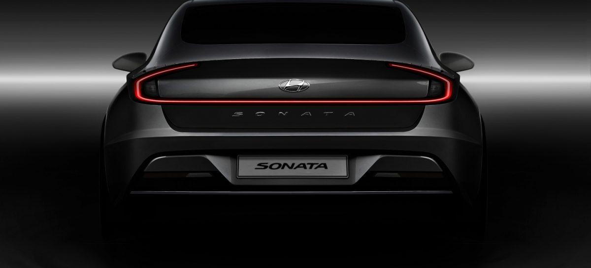 Появились первые реальные фото интерьера салона новой Hyundai Sonata
