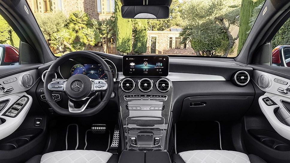 Mercedes-Benz представила кроссовер GLC Coupe saloon photo
