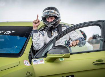 BENTLEY CONTINENTAL GT готовится покорить горную трассу пайкс-пик