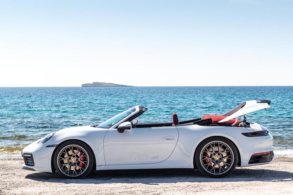 Новый 911 Carrera Cabriolet