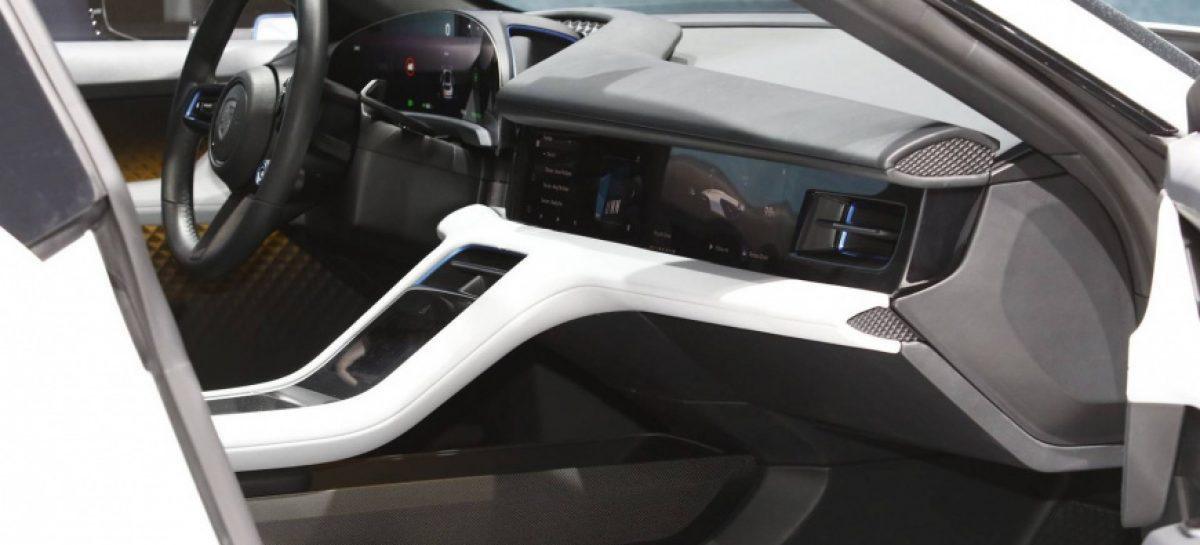 Porsche официально представит Taycan Cross Turismo в 2020 году
