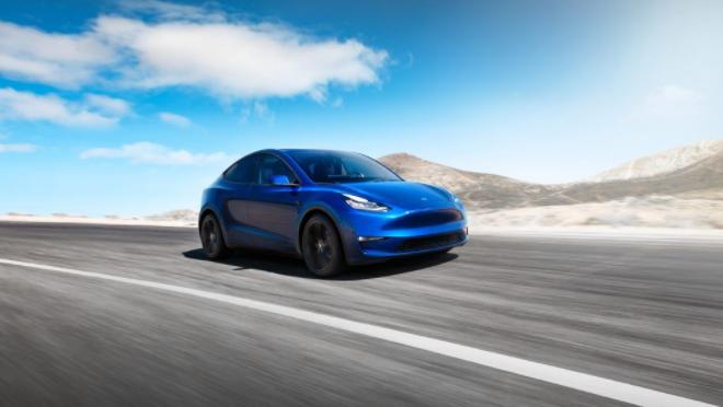 Tesla Model Y 2